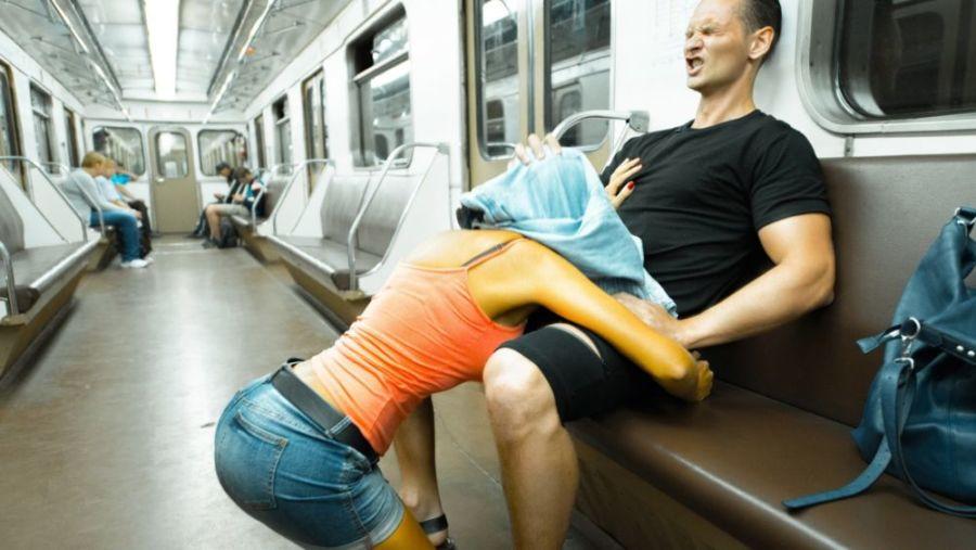 Секс в общественном транспорте