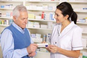 Покупка лекарства в аптеке